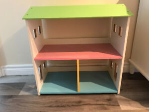 For sale: Doll house bookcase