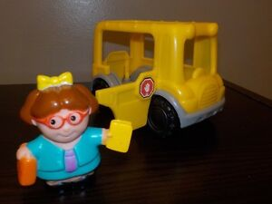 Fisher Price  Animalville figures and Maggie plus  two  Buses