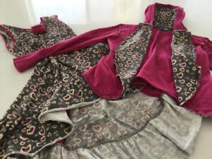 Vêtements de la grande marque Blü pour fillette 10 ans.