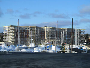 LARGE NEW APARTMENT OVERLOOKING BEDFORD BASIN AND YACHT CLUB
