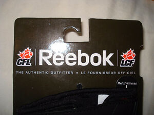AUTHENTIC CFL FOOTBALL GLOVES - MONTREAL ALOUETTES + MORE West Island Greater Montréal image 7
