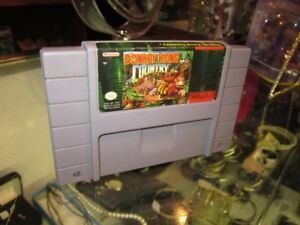 Donkey Kong Country For SUPER NINRENDO For Sale