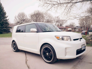 ON HOLD 2013 SCION XB 2 WAY REMOTE 2 SETS TIRES