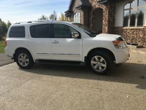Excellent condition 2012 Nissan Armada
