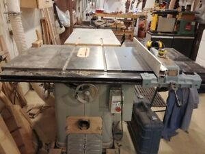 "10"" Delta/Rockwell Cabinetmakers Unisaw For Sale"