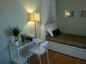 Apartment room 4 rent downtown Vancouver near English Bay Beac