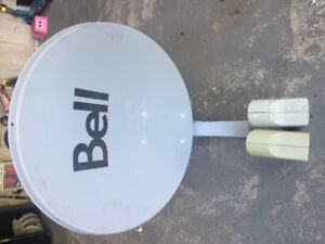 Satellite dish with two heads, very good condition. See picture