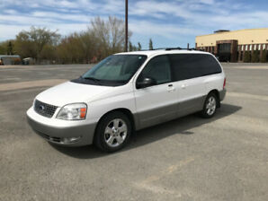 2004 Ford Freestar Limited only 121,300 original kms
