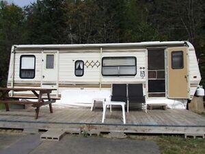 A vendre pour réno ou pour les pièces , négociable Saguenay Saguenay-Lac-Saint-Jean image 1
