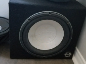 2 subwoofers for sale 10inc and 15inc