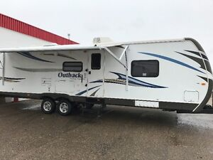 2012  35ft Outback Travel Trailer