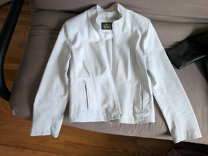 5c0d3ce2598 White genuine leather jacket size S