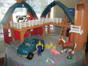 1995 Vintage Tonka Farms Play Set Complete Large Excellent