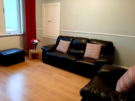 One bed flat to rent with box room