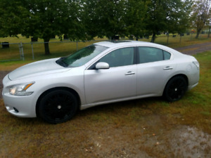 2012 Nissan Maxima  with Winter tires and rims
