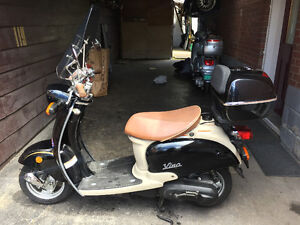 2001 Yamaha Vino 50cc with accessories