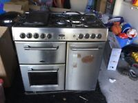 BELLING Range cooker -Gas hobs and Electric ovens