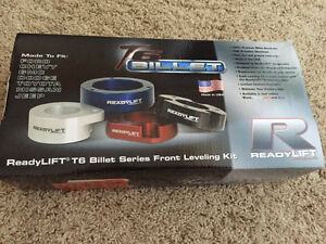 """Ford F150 - Ready Lift 2"""" Leveling Kit"""
