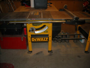 DEWALT TABLE SAW*****CABINET MAKERS QUALITY*****