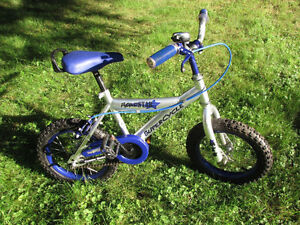 "Kids Supercycle ""Road star"", 4 years and up, Cool bike! London Ontario image 1"