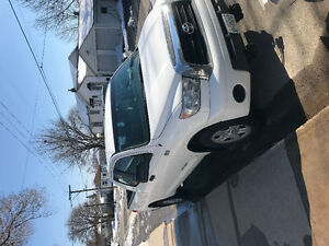 2009 Toyota Tundra With plow