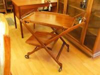 MID CENTURY TEAK TEA/BAR CART/TROLLY