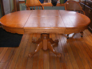 Wooden Kitchen Table & Chairs