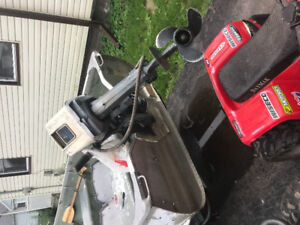 14ft aluminum boat with 9.9 evinrude motor