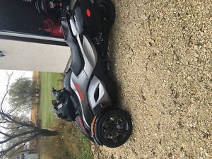 2013 can am spyder Rs-s