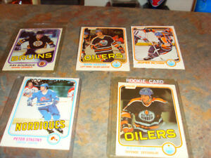 !981-1982 OPEE_CHEE cards