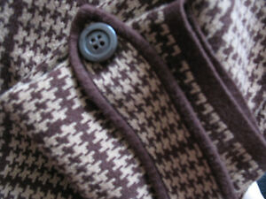 "SWEATER (liz claiborne) - SIZE ""M"" Kitchener / Waterloo Kitchener Area image 1"