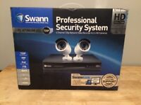 BOXED Swann 4 Channel 720p Security DVR & 1TB HDD 2 Cameras 1MP Kit NVR BARGAIN