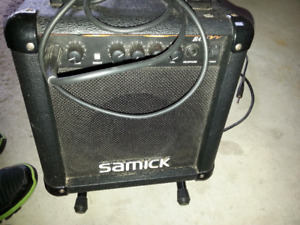 Samick BA-10 guitar amp (Made in Korea) + guitar stand, cable