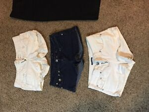 3 pairs of shorts, 1 pair of capris and 1 pair of pants Kitchener / Waterloo Kitchener Area image 2