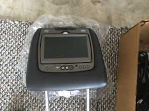 Head rest DVD players for Ford Explorer