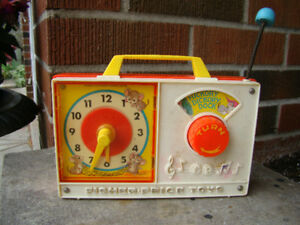 Vintage Fisher Price Hickory Dickory Dock Radio Toy