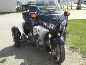 2012 HONDA GOLDWING WITH E-TRIKE KIT