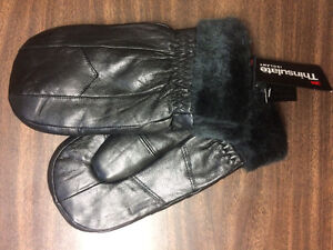 back fake leather mittens with fleece inside