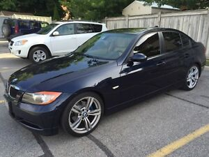 Original owner 2007 BMW323i with sports and premium package.