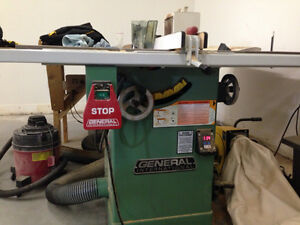 General international table saw with dust collector