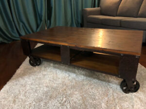 391de9a3e0d4 Pinebrook Coffee Table - Distressed Natural Pine