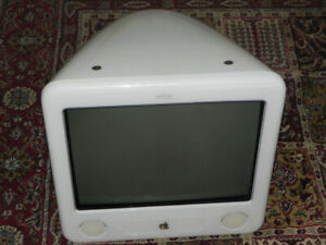 Mac. eMac A1002