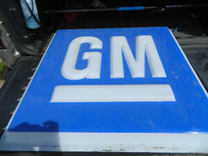 GM dealership sign