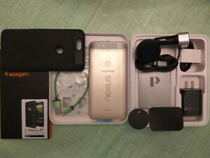 Google Nexus 6P + Extras Spigen Armor Case QC 3.0 Car Charger