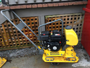 Wacker neuson 1550 plate compactor/plate tamper with water attac