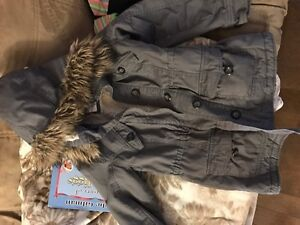 ISO this jacket girls 4-6 and similar woman's small
