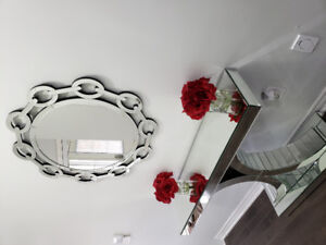 glass table and mirror