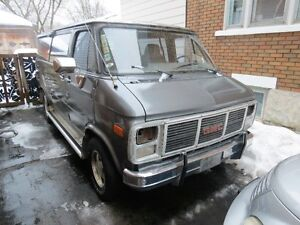 PARTING OUT 1988 GMC vandura Van