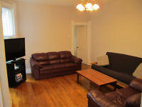 Three (3) awesome rooms available in Plateau apartment!