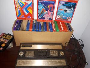 Intellevision + Vintage Game/Jeux Vintage